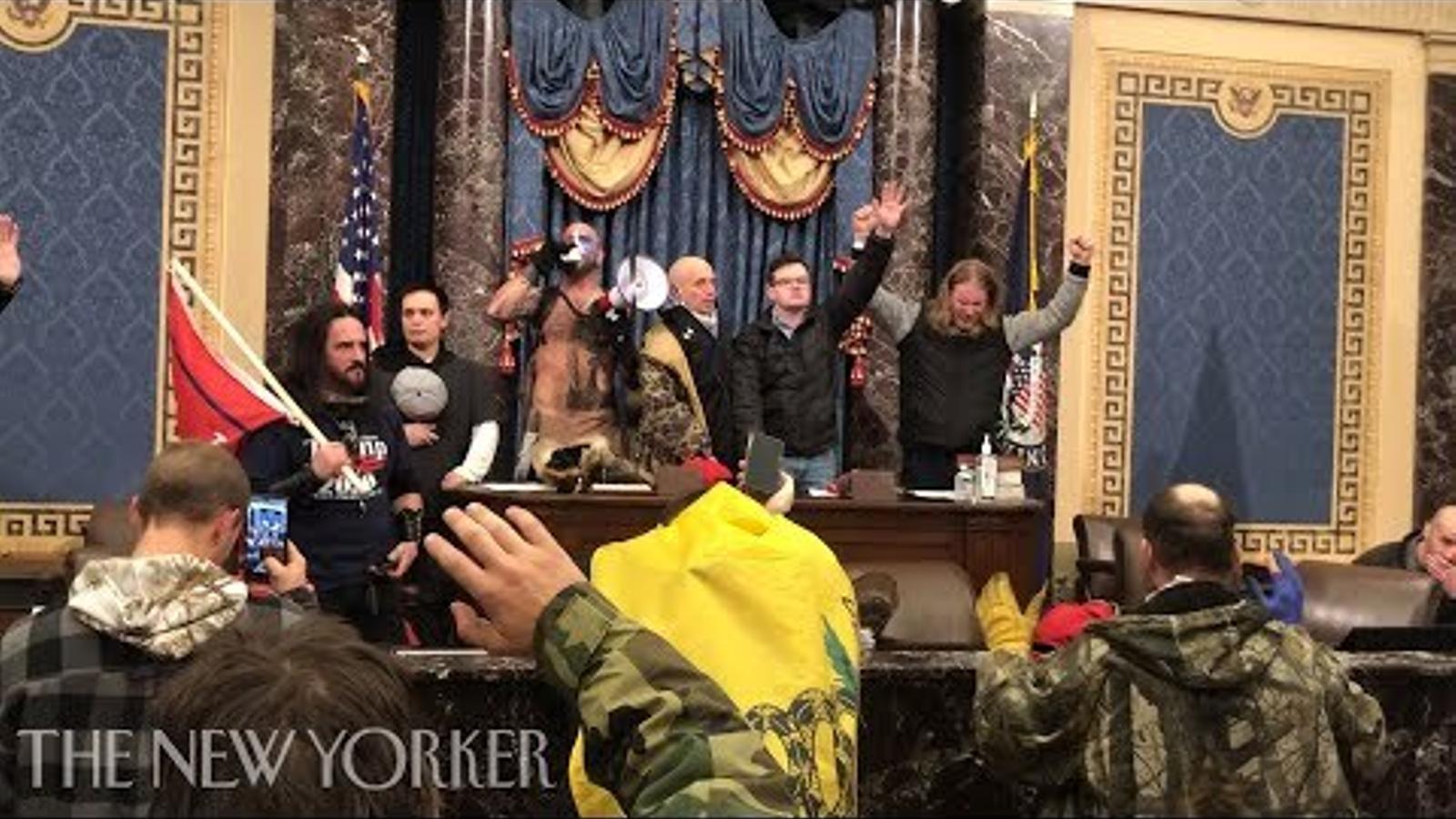 Noves imatges publicades pel 'The New Yorker' de l'assalt al Capitoli, des de dins.