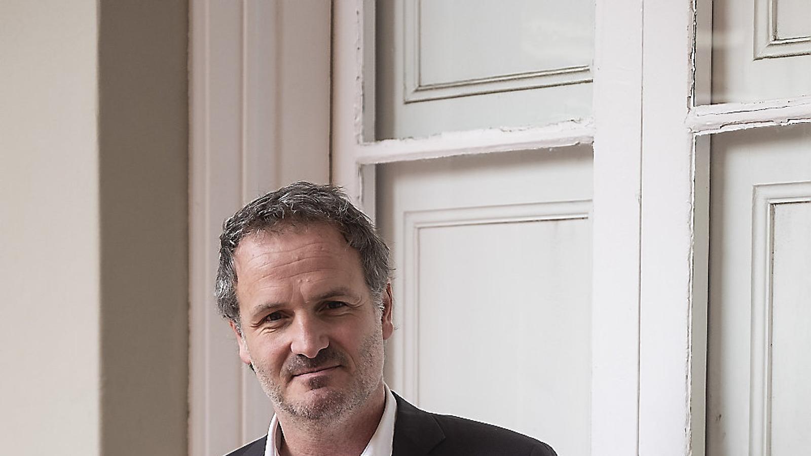 """Jordi Cabré: """"En qualsevol novel·la el monstre   Que mates sempre és interior"""""""