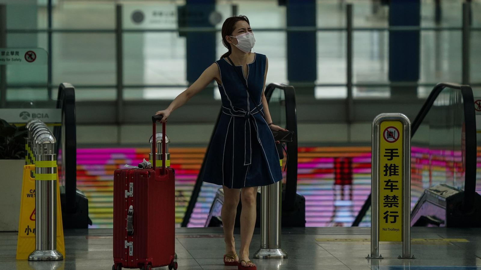 Pequín cancel·la més de 1.200 vols pel brot de coronavirus