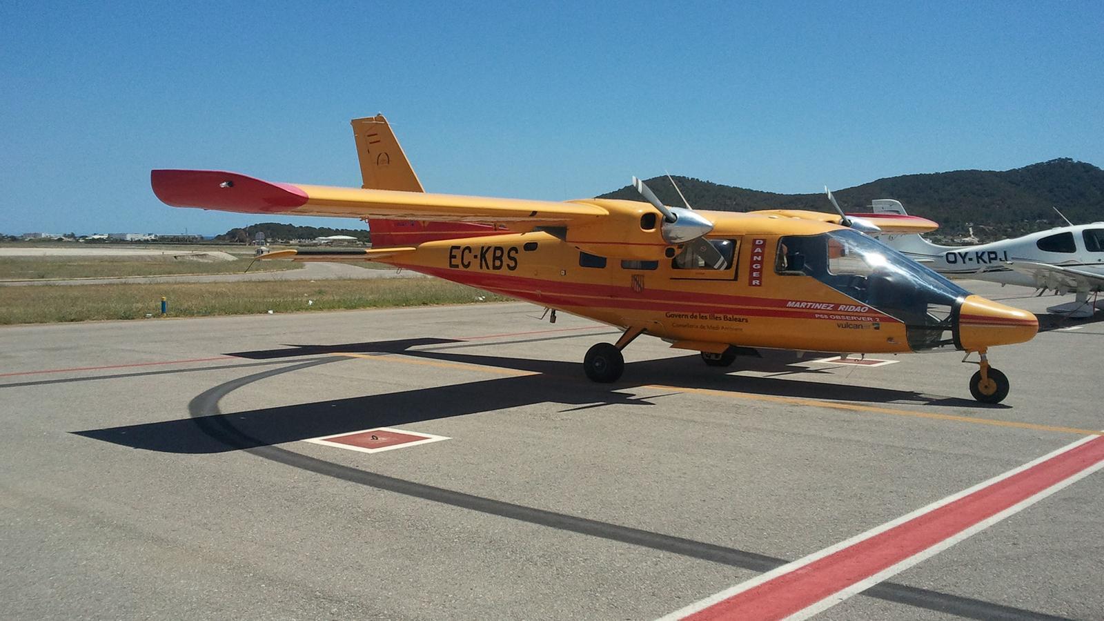 Fotografia d'un avió d'extinció d'incendis de la Conselleria de Medi Ambient, Agricultura i Pesca. / CAIB