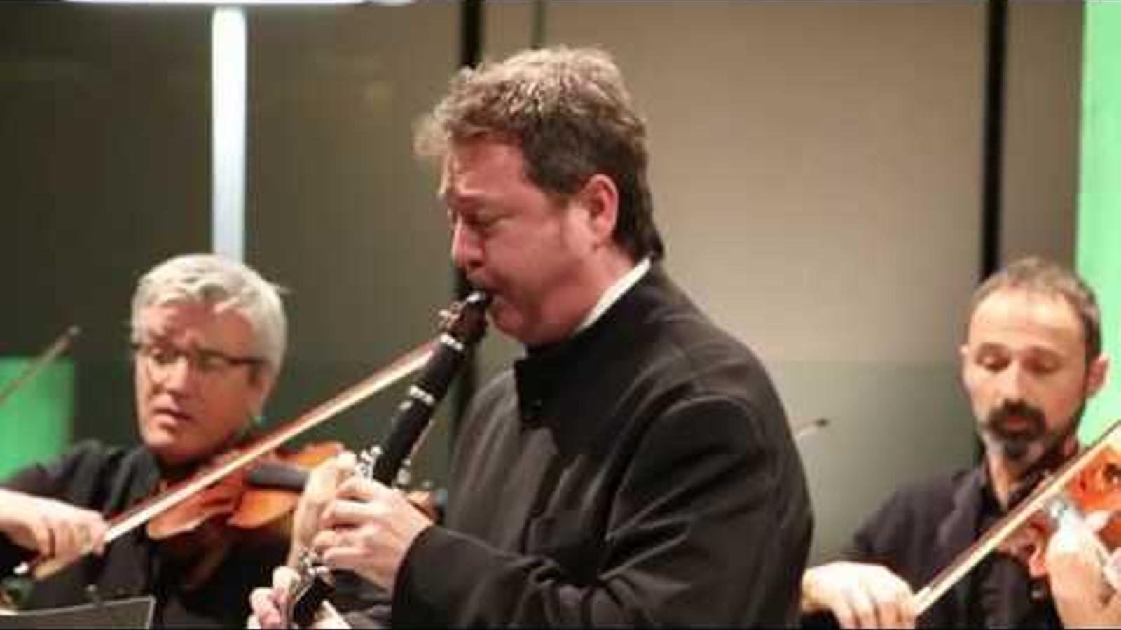 El clarinetista Joan Enric Lluna es retroba amb l'ONCA després de quinze anys