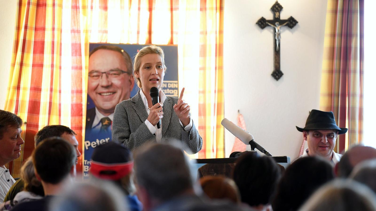 La líder del partit xenòfob Alternativa per a Alemanya (AfD) a Baviera, Alice Weidel, en un míting de campanya.