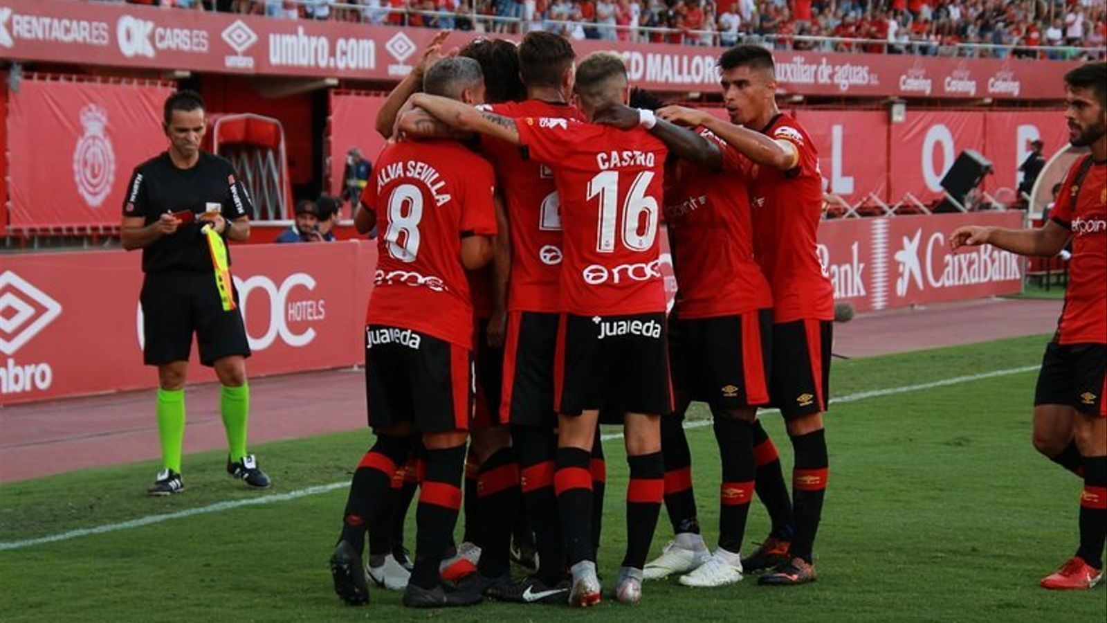 El Mallorca celebra el gol d'Abdon contra l'Osasuna