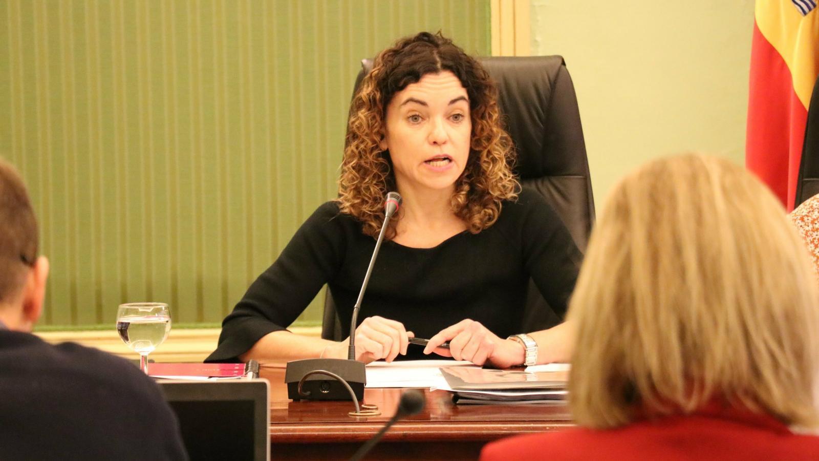 La conseller d'Hisenda i Funció Pública, Rosario Sánchez