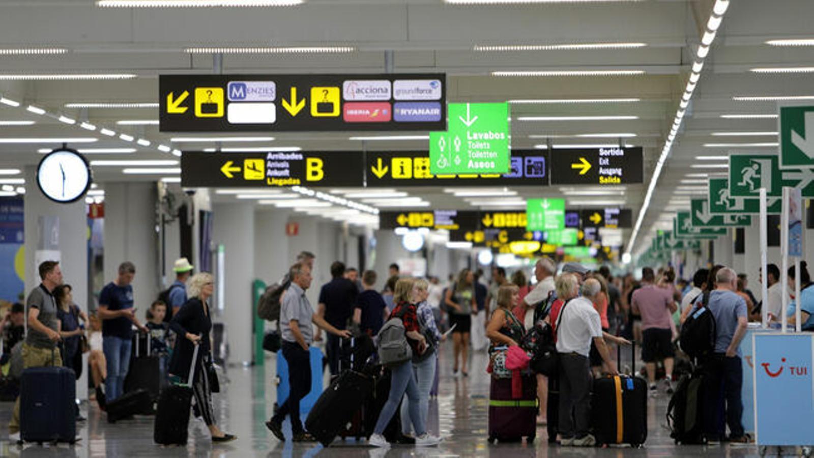 L'aeroport de Palma / ISAAC BUJ