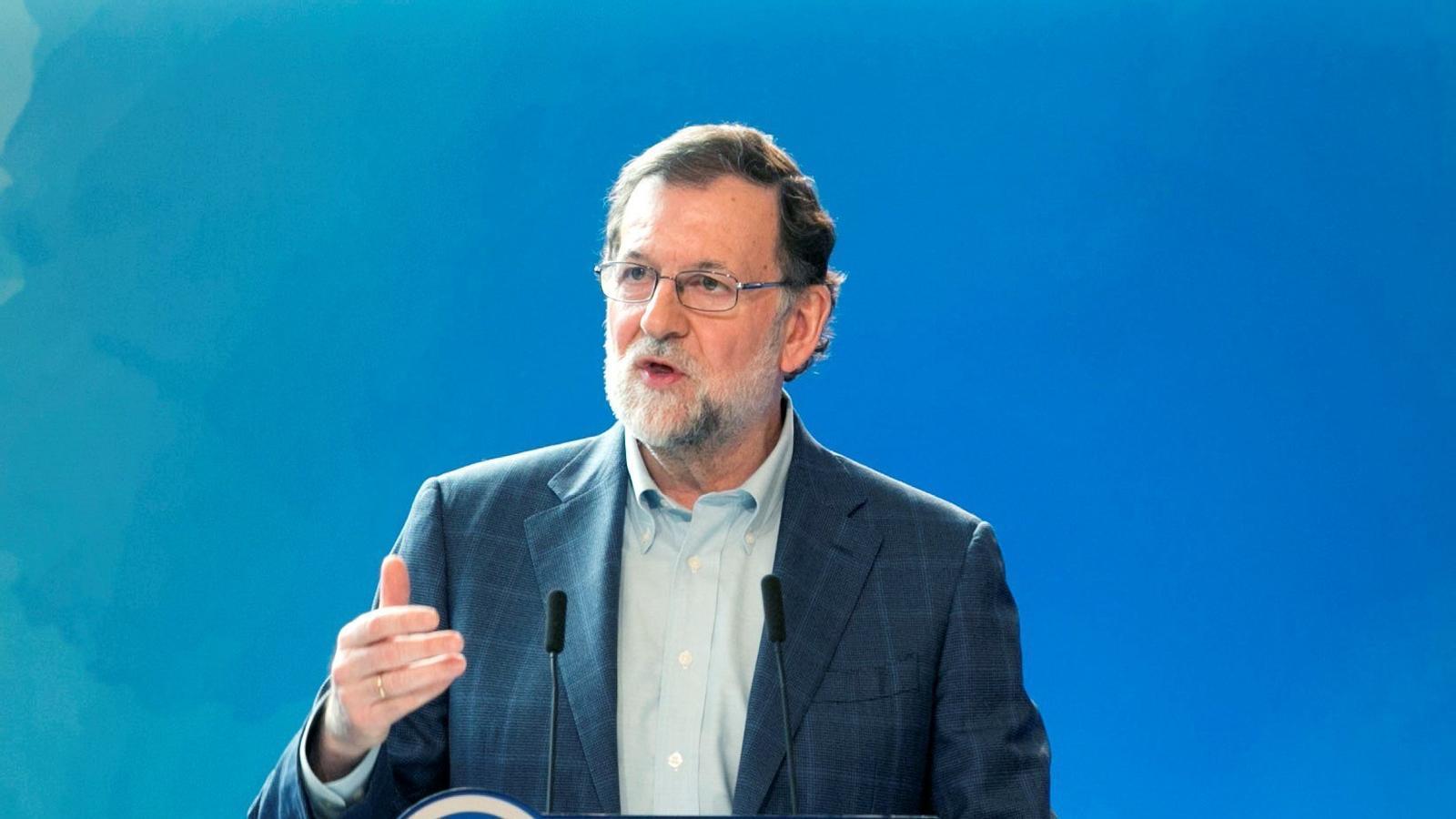 """Rajoy reclama que es presenti un candidat """"no involucrat en assumptes judicials"""""""