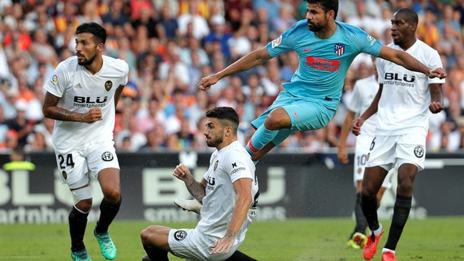 Empat entre València i Atlètic en un partit molt intens a Mestalla (1-1)