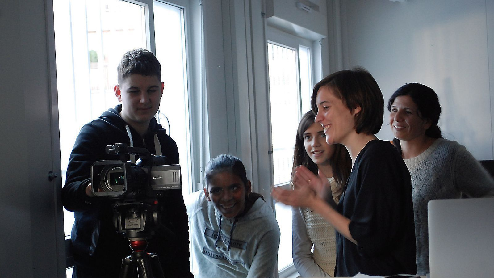 "Entrevista Clara Simón: ""Si crec en alguna cosa és en 'Cinema en  curs'"""