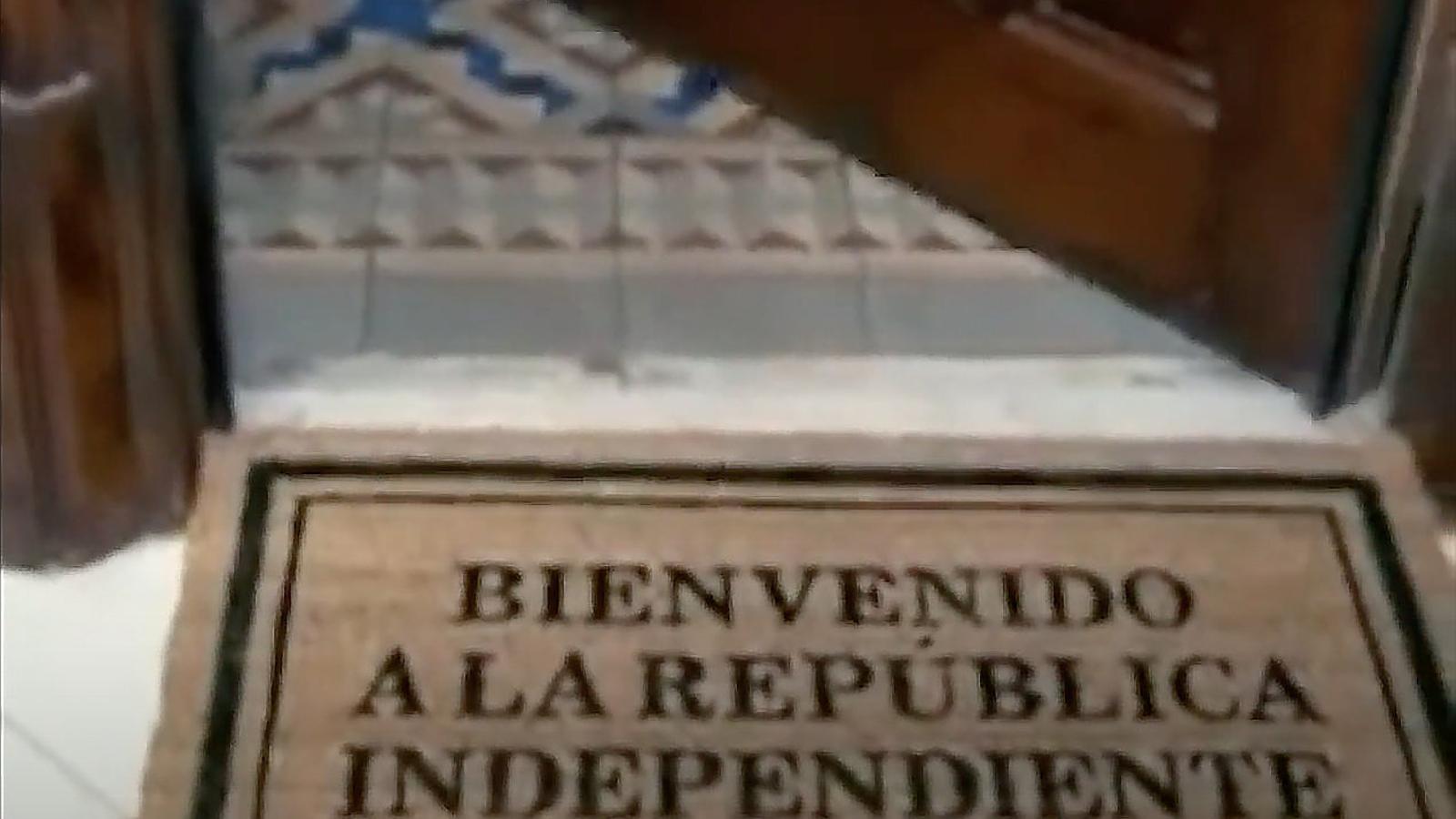 Els anuncis De la nostra vida La república independent sense fi