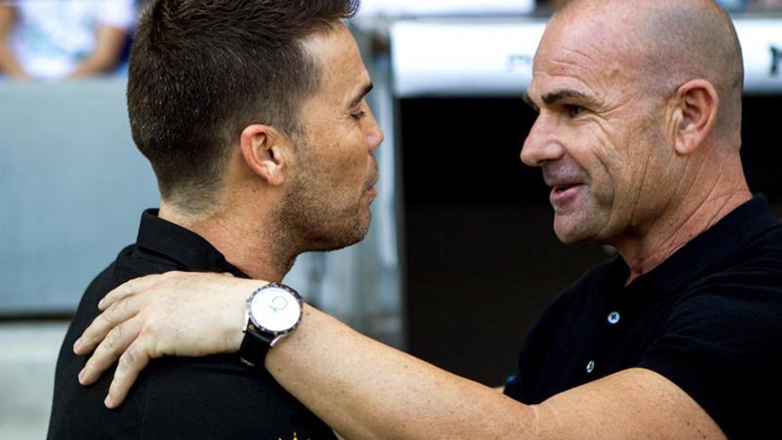 Rubi saluda Paco López abans de l'Espanyol-Llevant