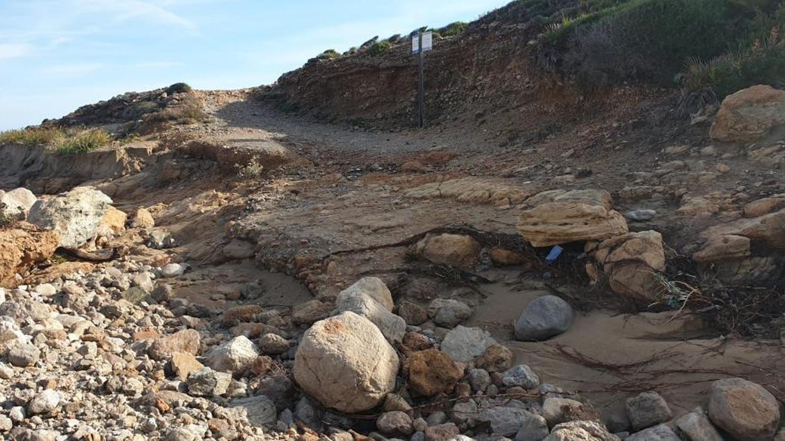 Imatge d'un dels camins afectats per les inundacions