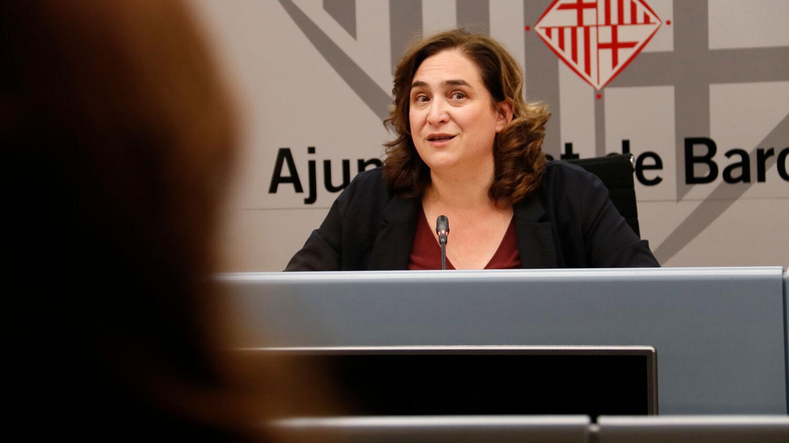 Malestar a l'oposició perquè Ada Colau no doni les explicacions pel fiasco del concert als balcons