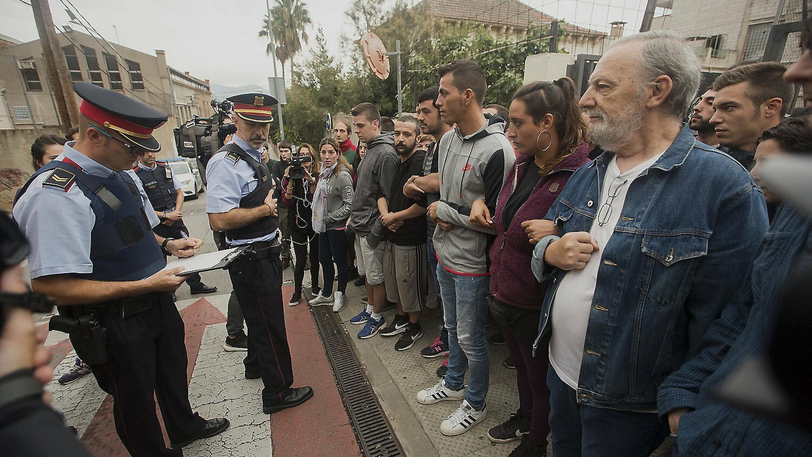 El model de mediació dels Mossos, un argument per a l'absolució