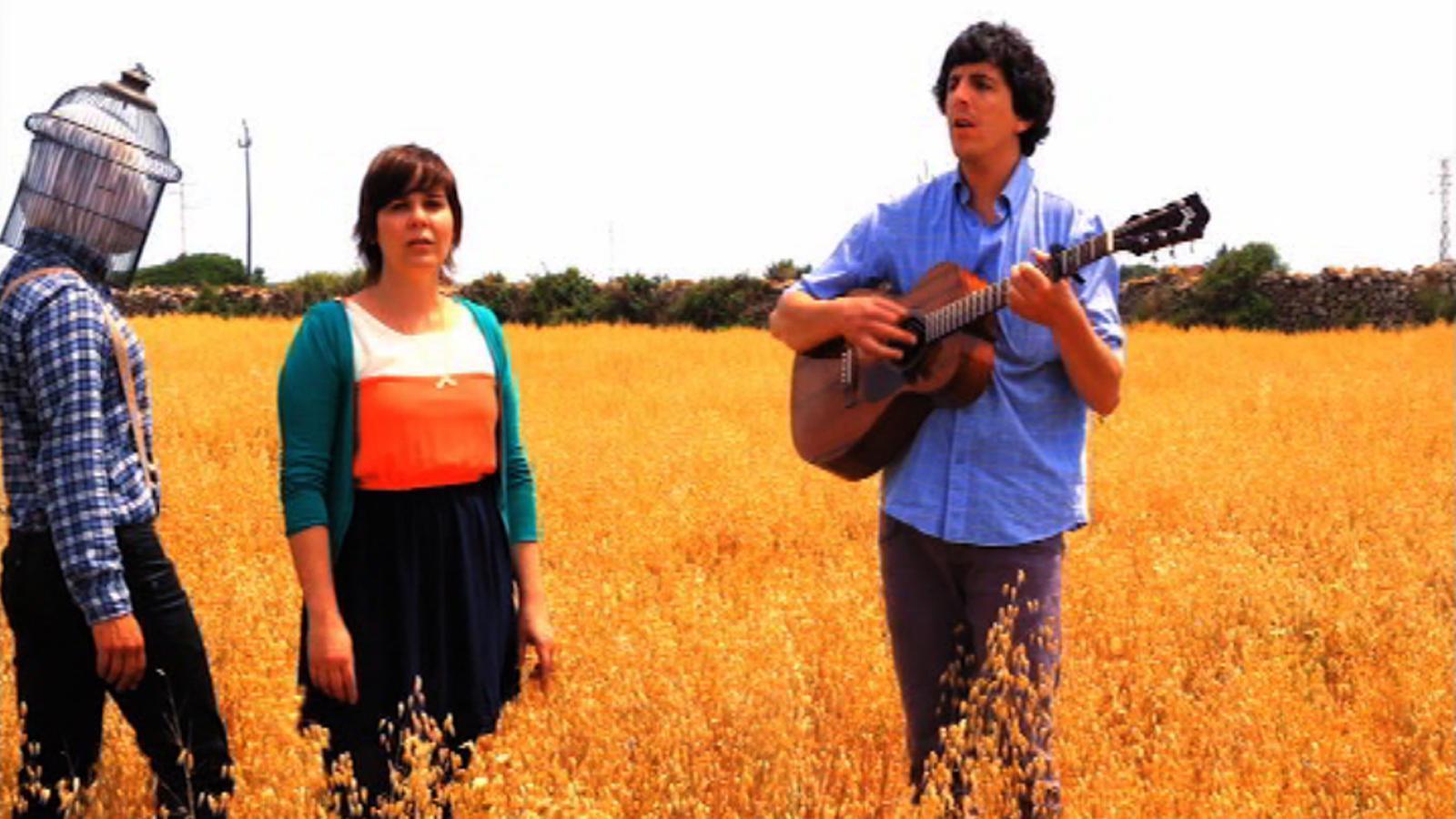 L'ARA estrena 'Quan xerres amb ets ulls', el nou videoclip de Delên