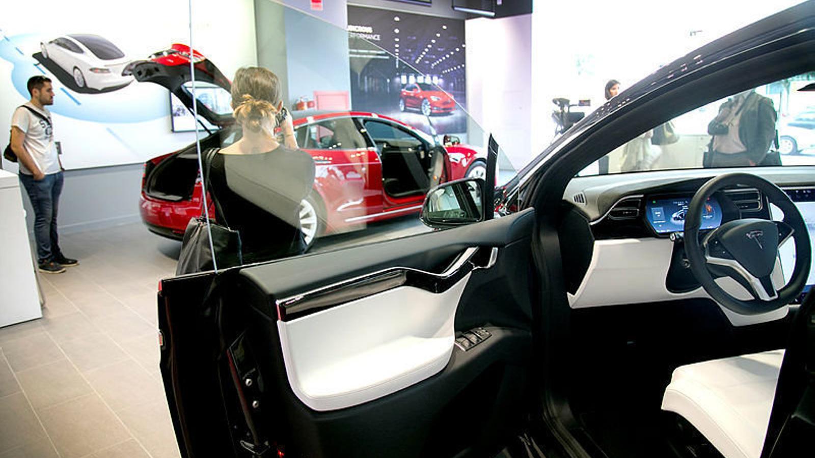 A Espanya s'han venut 1,6 milions de vehicles nous durant 2018, un 7% més que l'any anterior.