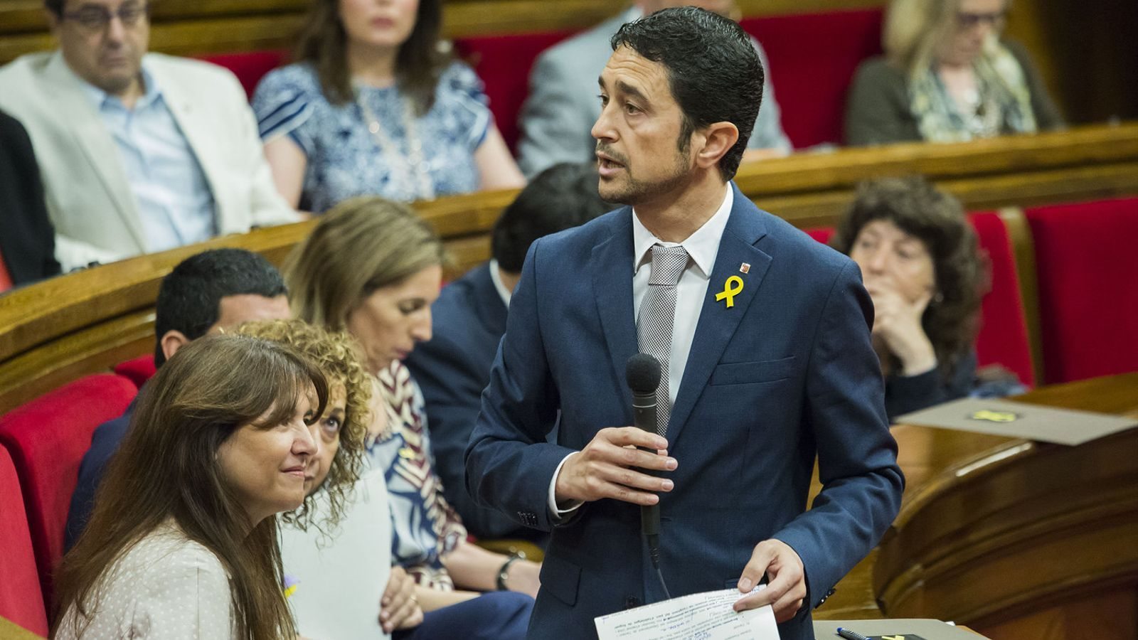 El conseller de Territori, Damià Calvet, ha volgut regular les VTC quan encara no se sap si serà l'Estat o la Generalitat qui haurà de pagar les possibles indemnitzacions.