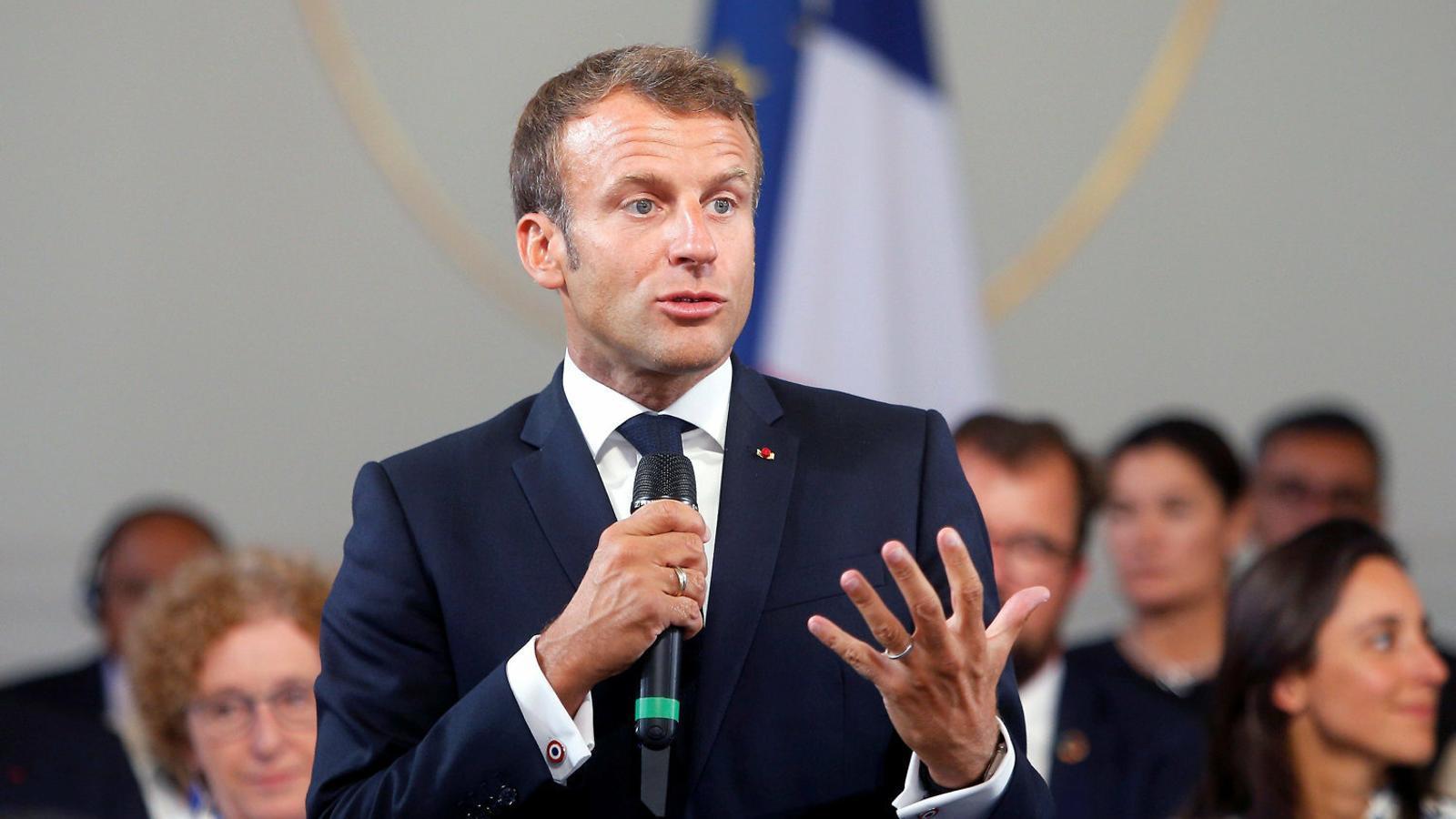 Macron incendia la cimera del G7 pels focs a l'Amazònia