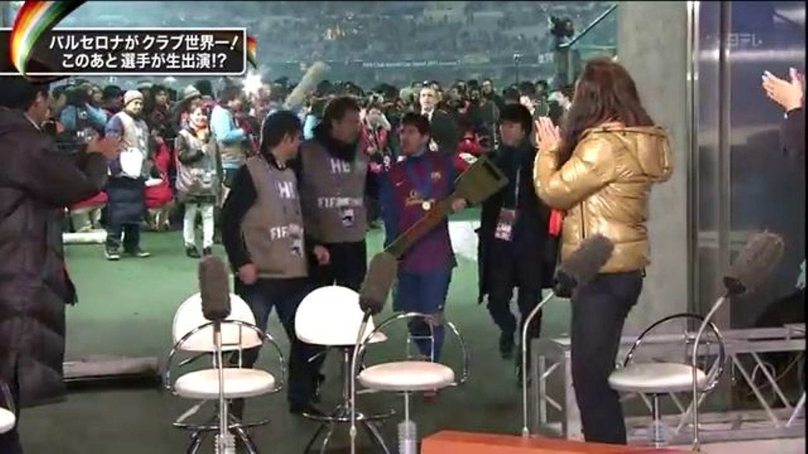 Messi, incòmode en un plató de televisió del Japó