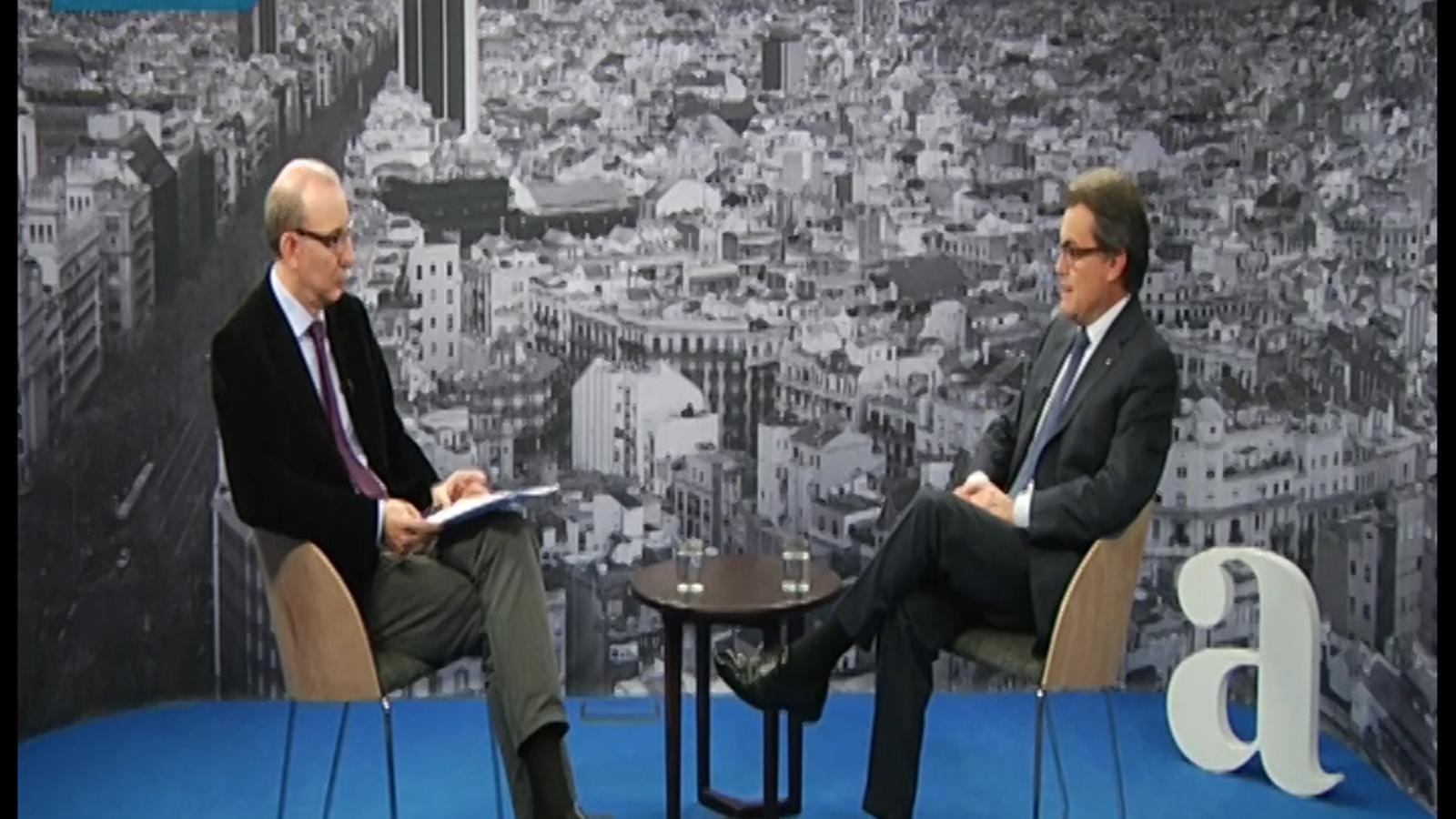 He plorat per moltes coses i puc plorar per Catalunya, però mai per la política: 3 moments clau de l'entrevista d'Artur Mas a l'ARA