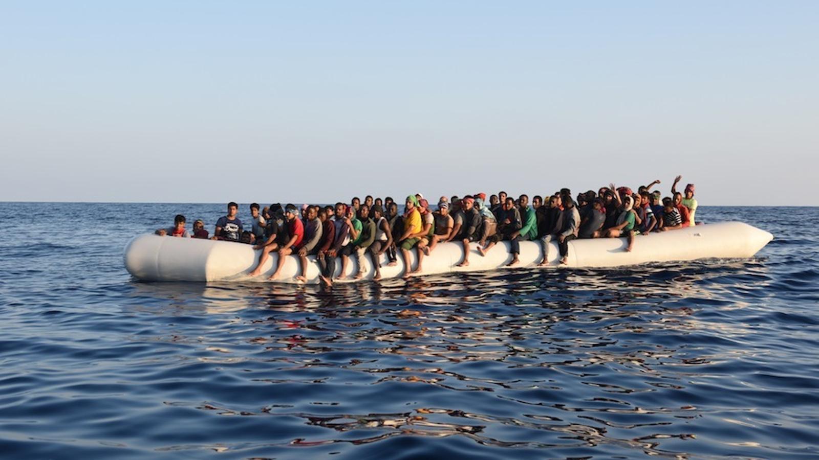 Una pastera abans d'un rescat d'MSF al Mediterrani Central.
