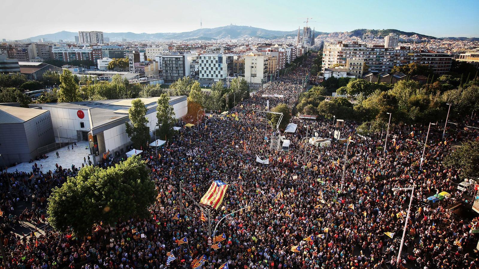 Imatge de la manifestació  Per la llibertat dels presos Del passat 26 d'octubre  A Barcelona.