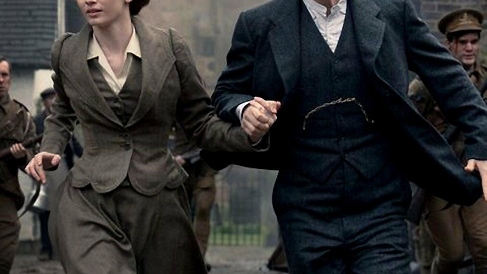Eleanor Tomlinson i Rafe Spall protagonitzen la sèrie La guerra dels mons.