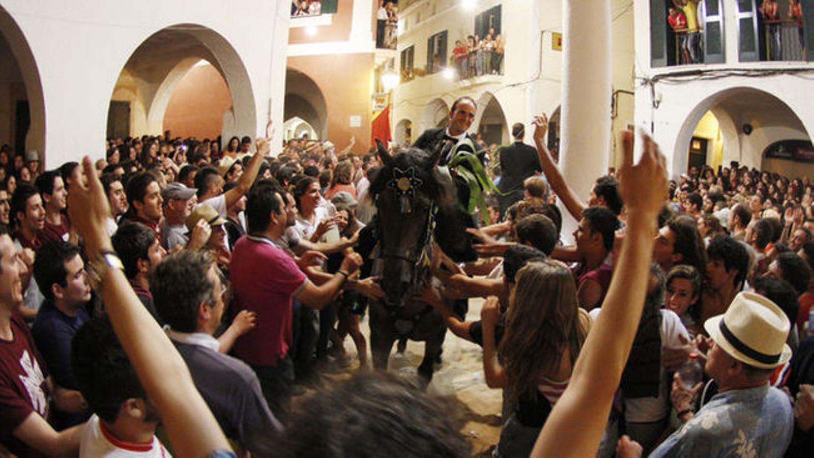 Les festes de Menorca es prendran aquest estiu un descans obligat a causa del coronavirus.