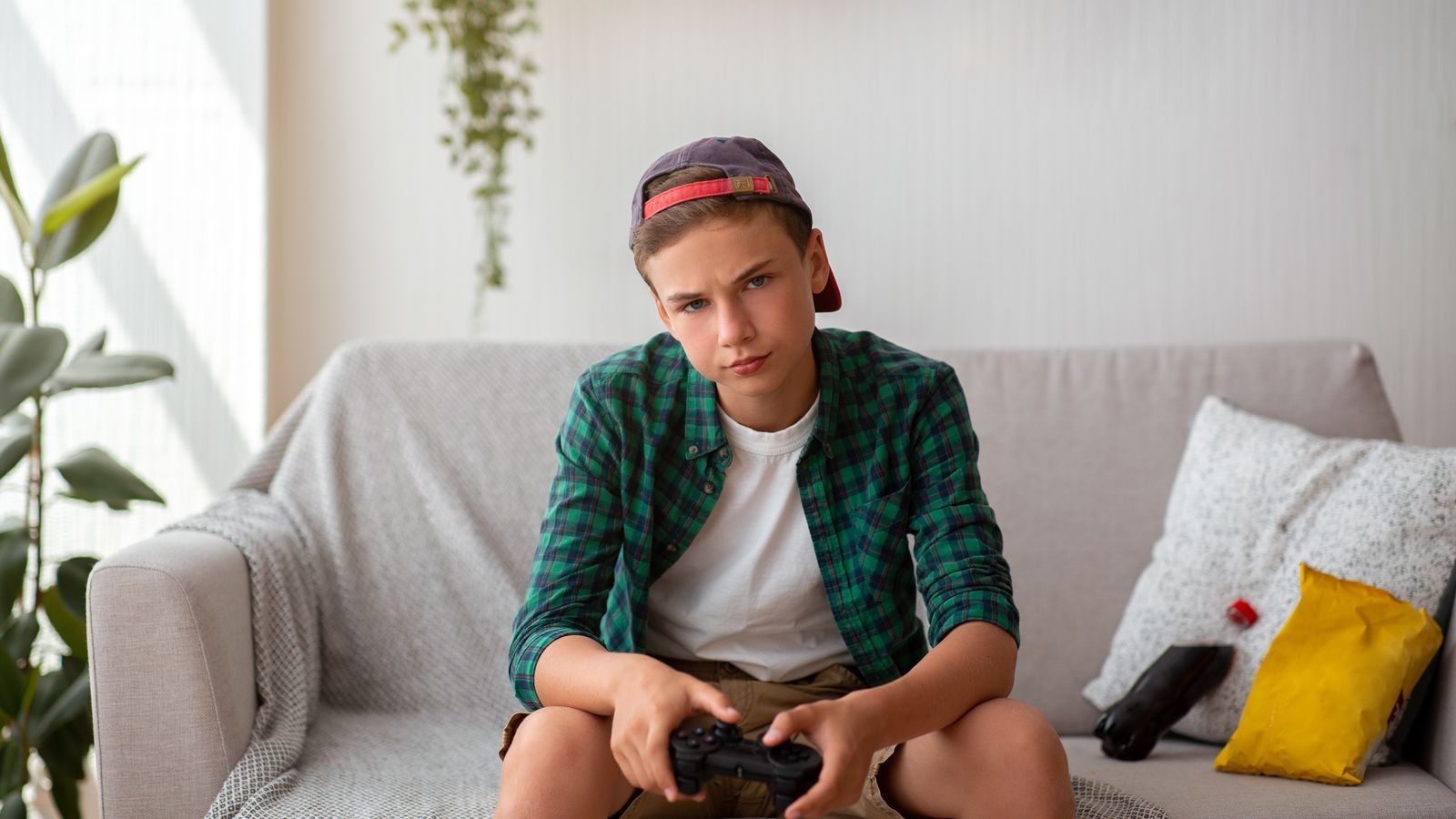 Per entendre l'actitud de molts adolescentscal mirar de descobrir els seus arguments, les lògiques vitals i escoltar-los.