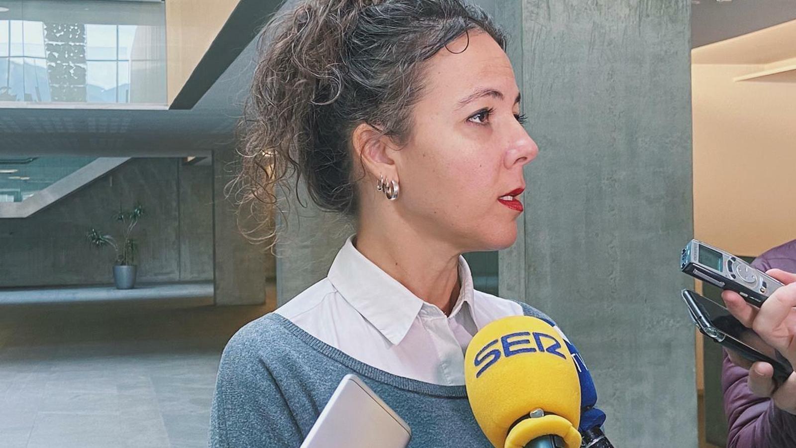 La consellera general socialdemòcrata, Judith Salazar, responent les preguntes de la premsa. / PS