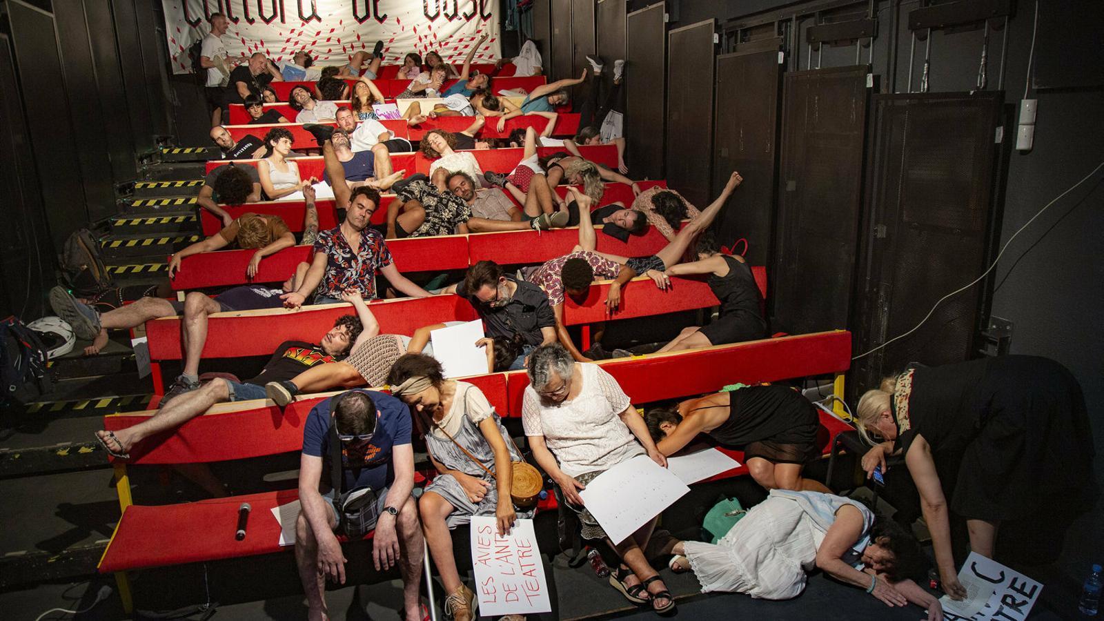 La cultura de base de Barcelona encén l'alarma