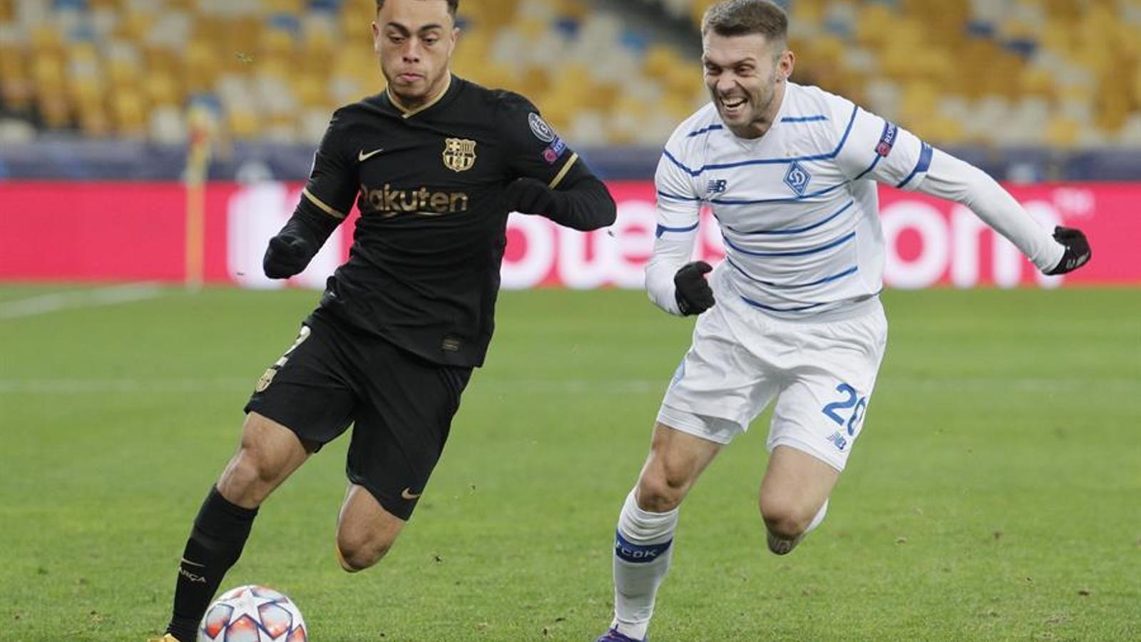 Els jovenets alegren la cara del Barça (0-4)