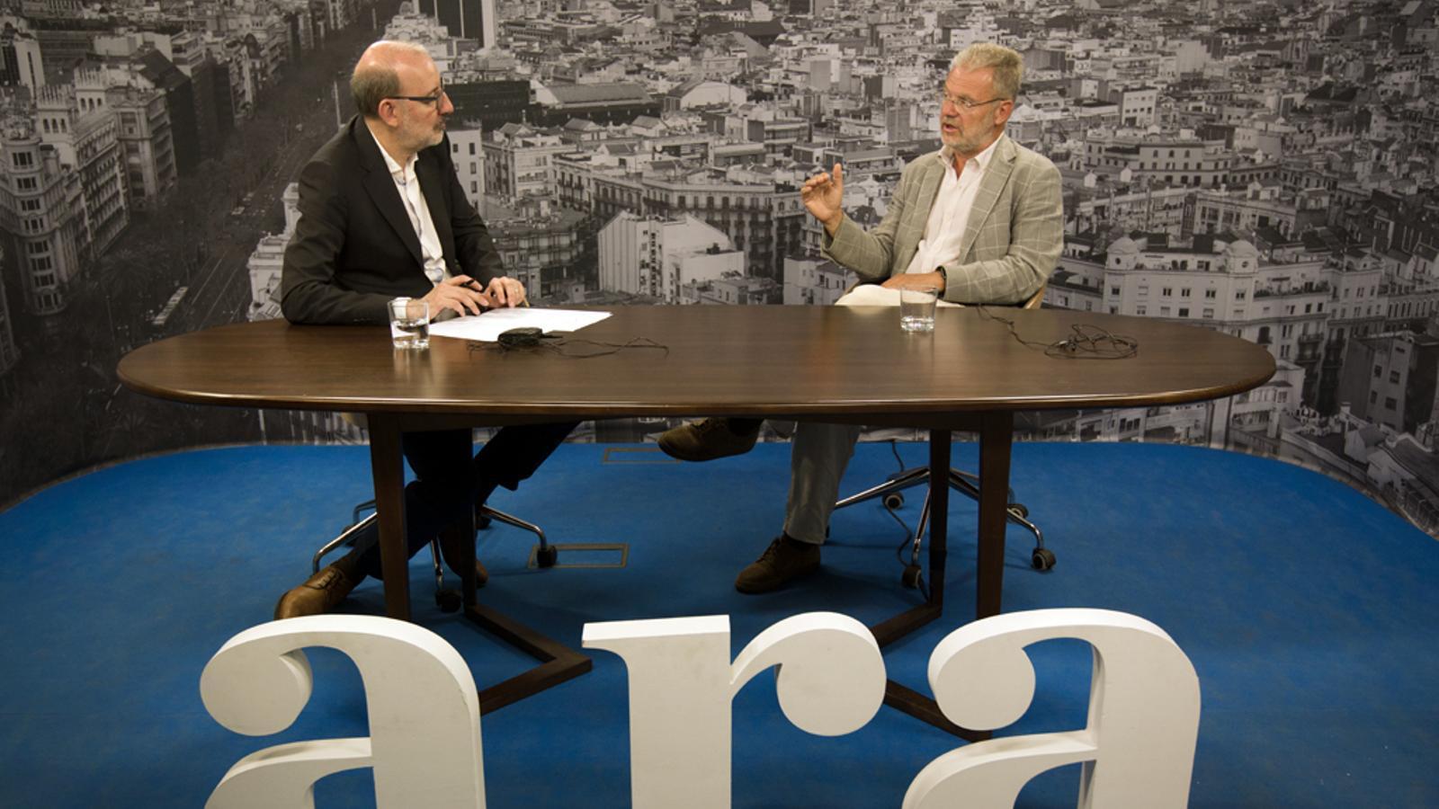 Entrevista d'Antoni Bassas a Antoni Gual