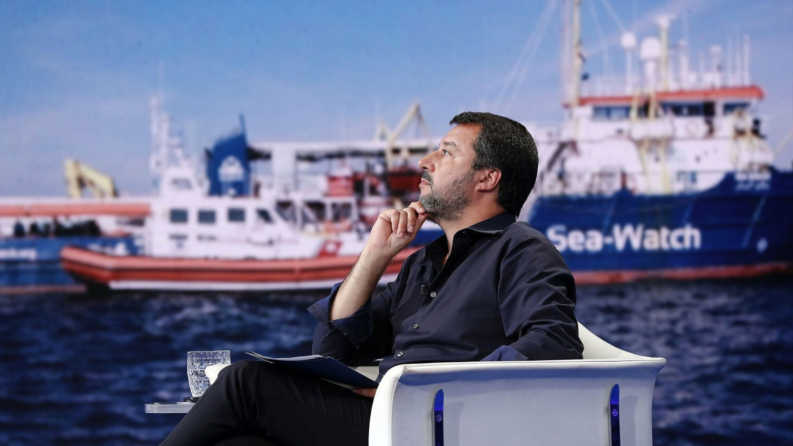 La fiscalia indaga si el Kremlin finança Salvini