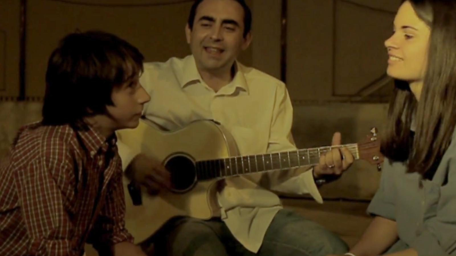 Gerard Sabaté presenta el clip de 'Mil i una vegades'