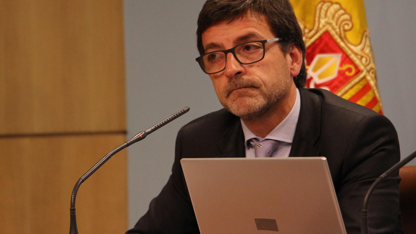 El ministre portaveu, Jordi Cinca, durant la roda de premsa posterior al consell de ministres. / M. R. F. (ANA)
