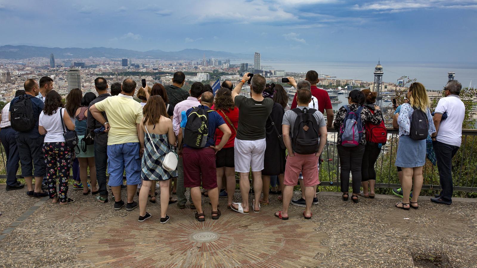 Europa busca com fer turisme aquesta temporada d'estiu