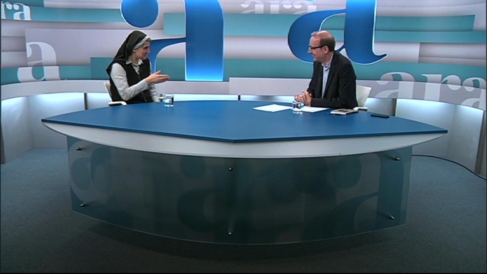 Entrevista d'Antoni Bassas a Teresa Forcades, per 'Ara TV Premium'