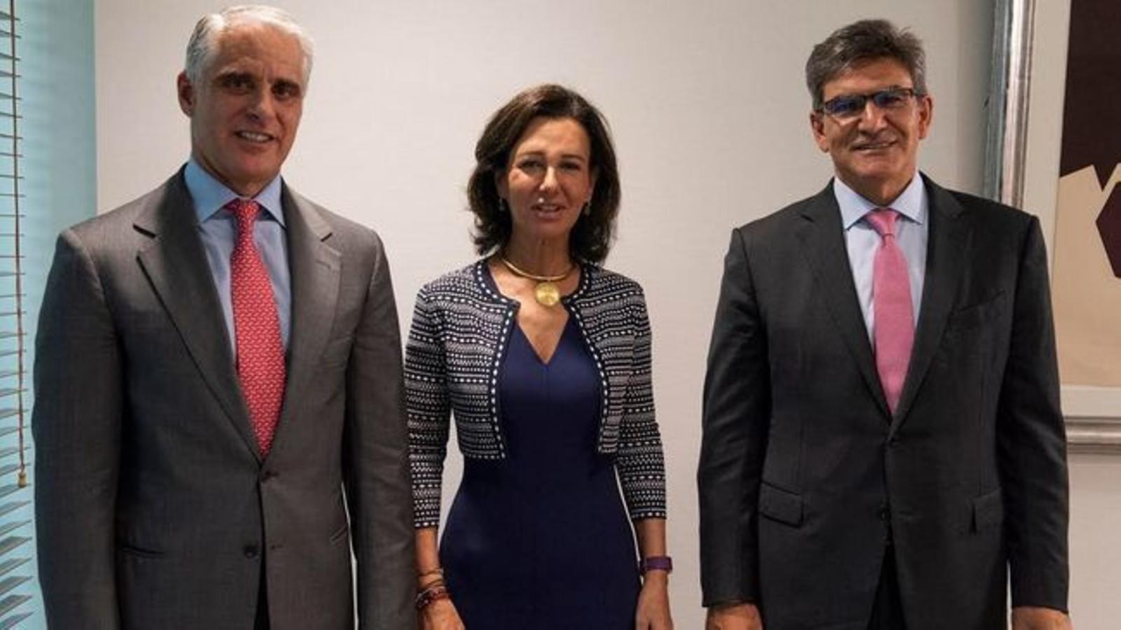 Andrea Orcel, Ana Botín i José Antonio Álvarez.