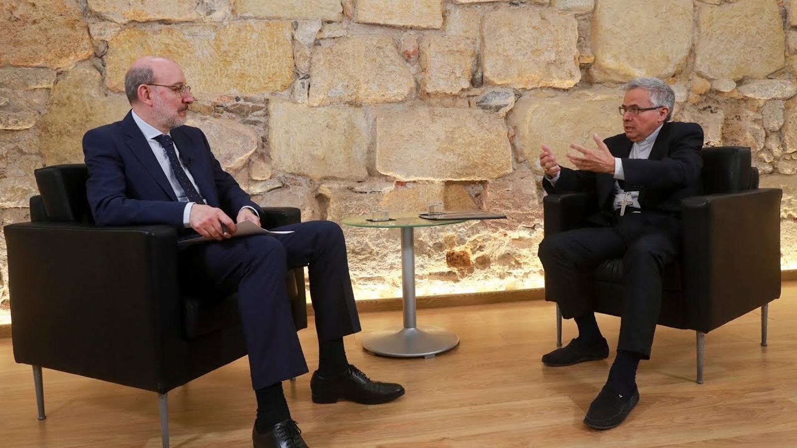 Entrevista d'Antoni Bassas a Joan Planellas