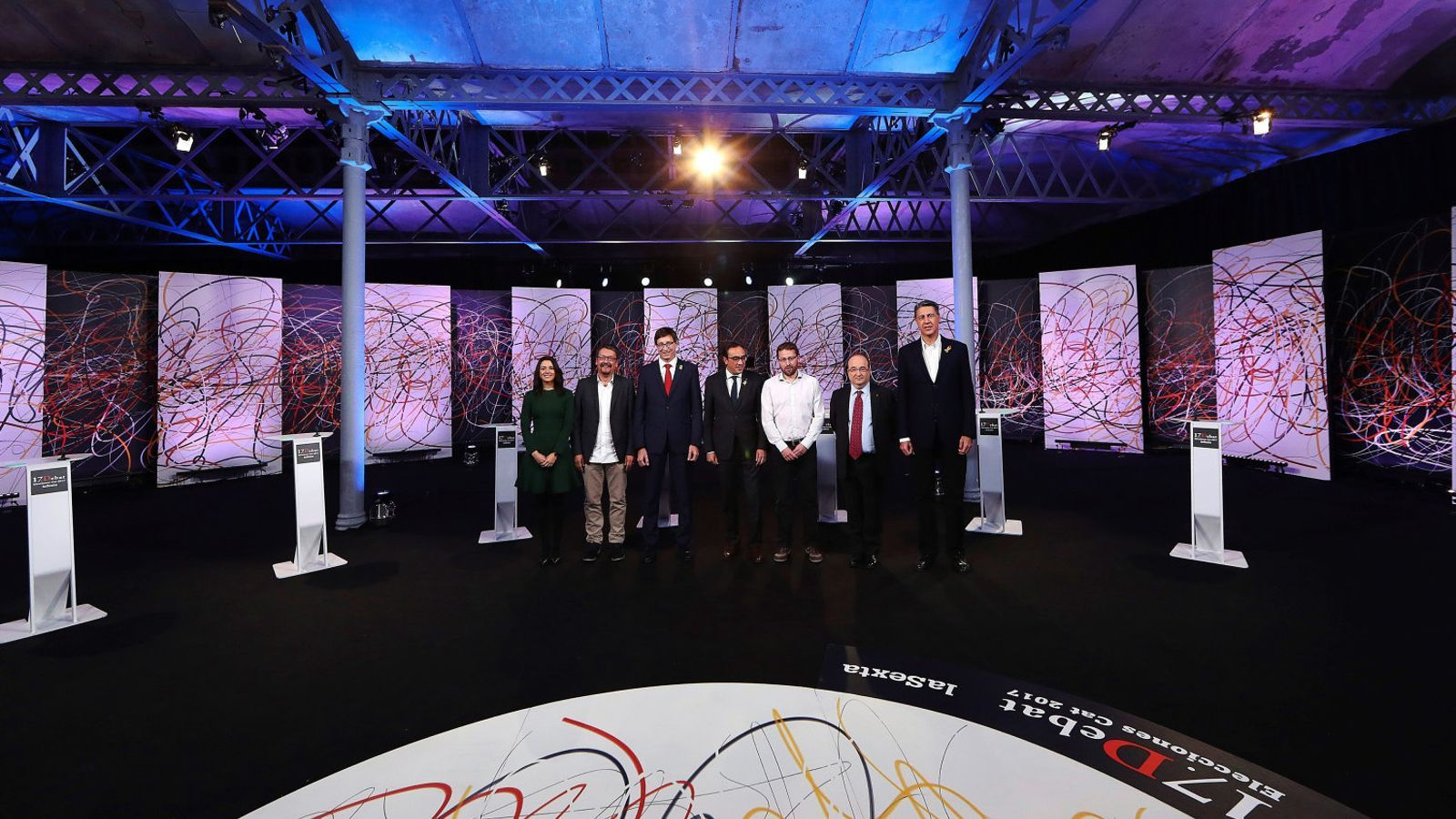 Foto dels set representants dels partits que van participar ahir en el debat de La Sexta.