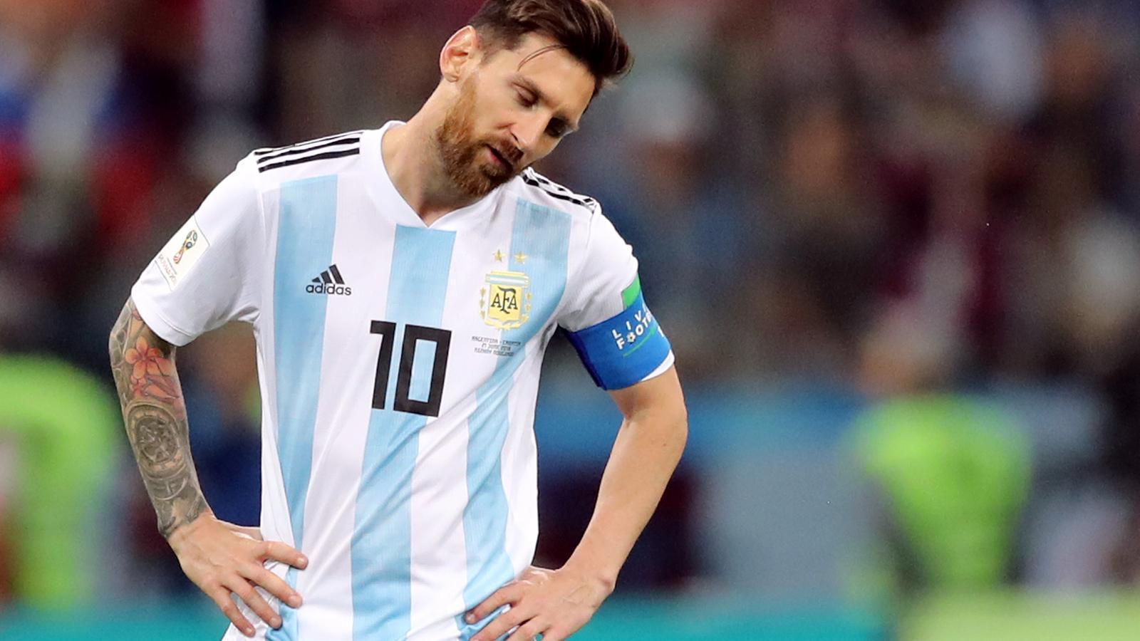 Caballero, Modric i Rakitic deixen Messi contra les cordes (0-3)
