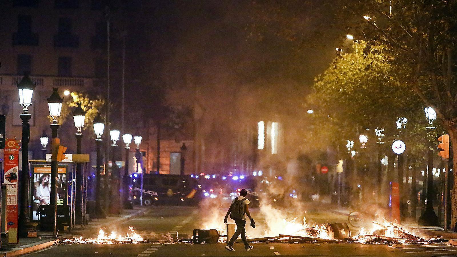 Imatges dels aldarulls d'aquests dies a Barcelona.