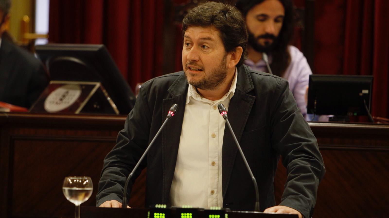 Alberto Jarabo aquest dimecres en la seva intervenció al debat de política general
