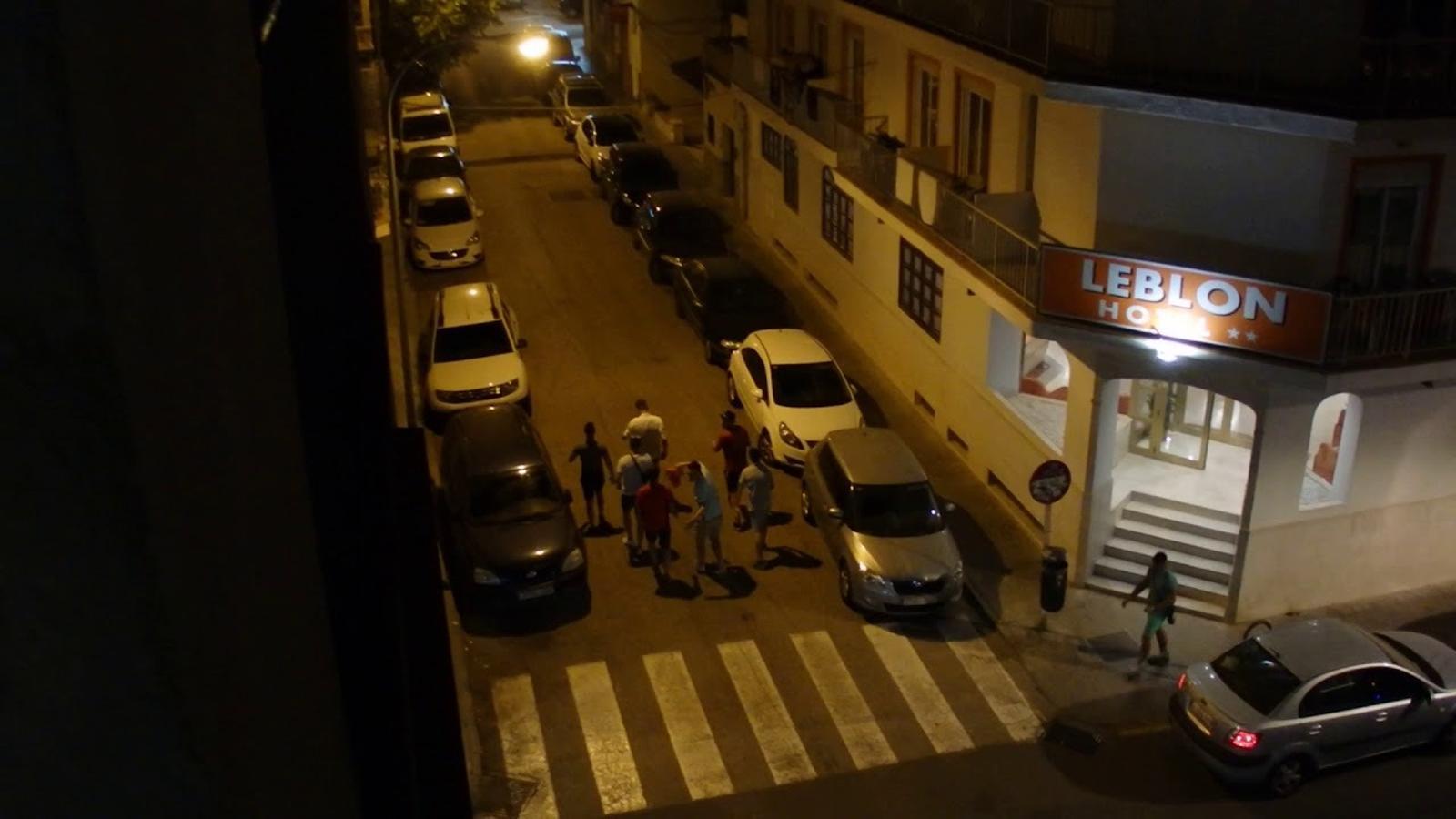 Els veinats de s'Arenal denuncien l'incivisme que es viu al seu barri