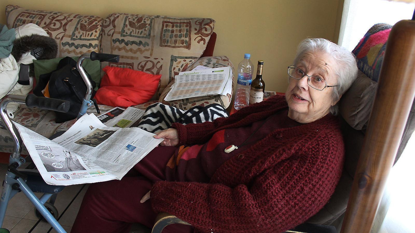 La Maria Teresa és usuària del servei de Teleassistència Domiciliària de la Creu Roja Andorrana des de fa 12 anys.
