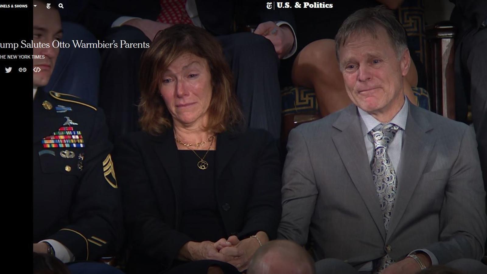 Trump saluda els pares d'Otto Warmbier durant el discurs de l'Estat de la Unió