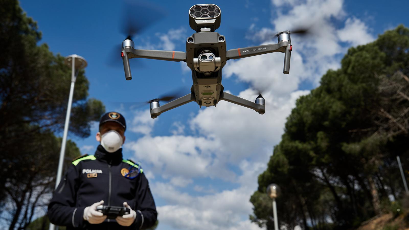Drons que vigilen si es compleix el confinament