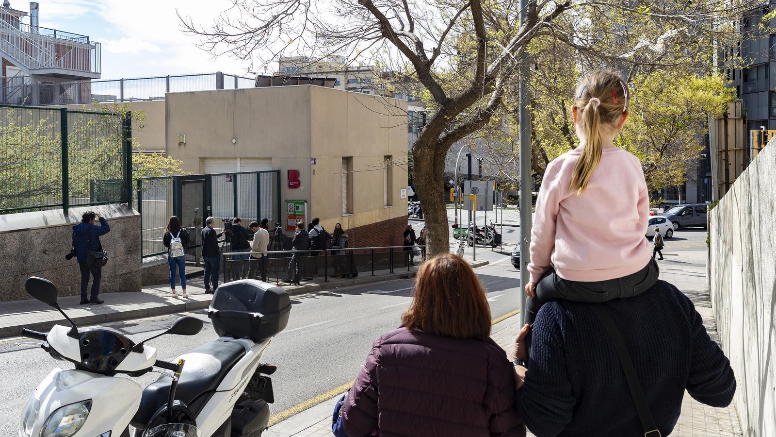 L'escola Bressol Municipal de Gràcia, on fa uns dies un dels treballadors va donar positiu en Coronavirus