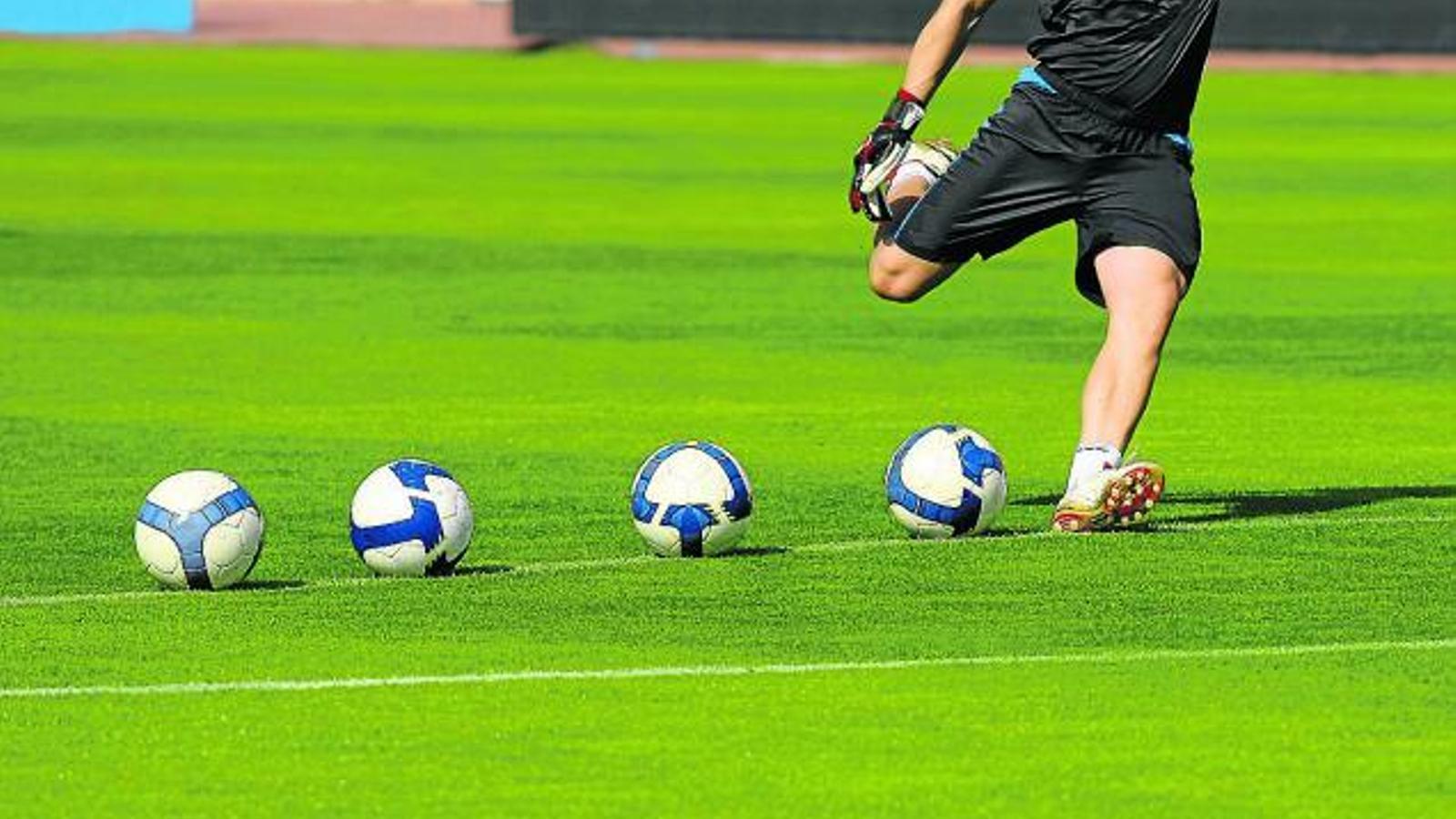 L'augment de temperatura influeix en els xuts de futbol