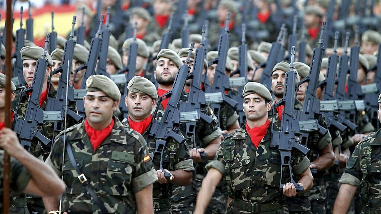 Els ecosobiranistes han criticat que el govern espanyol no pugui pagar les autonomies en funcions, però sí fer despesa militar